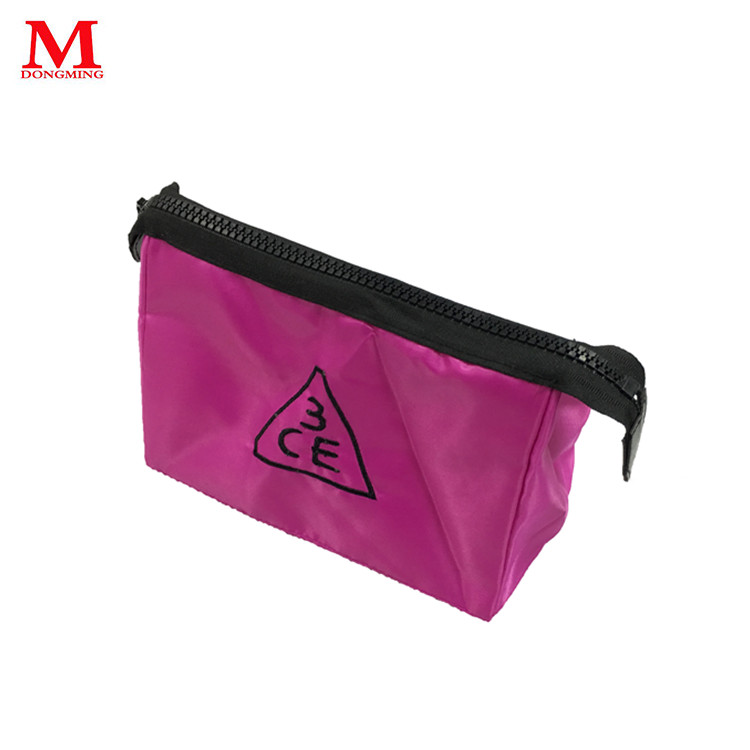 The bag inside the bathroom ware storage bag three-layer embroidery logo pink plastic zipper middle size bag